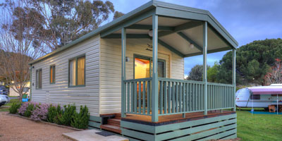 Beechworth Cabin Accommodation walking distance to shops